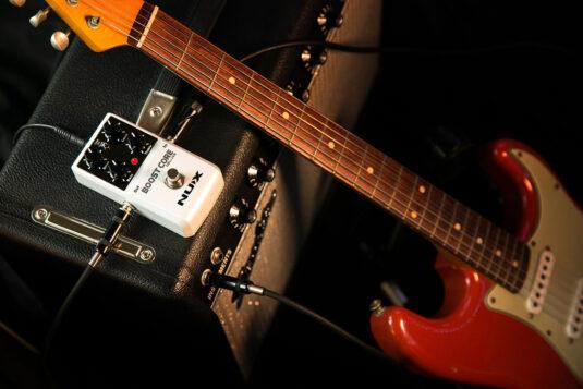 NUX BOOST CORE DELUXE efekt gitarowy - booster